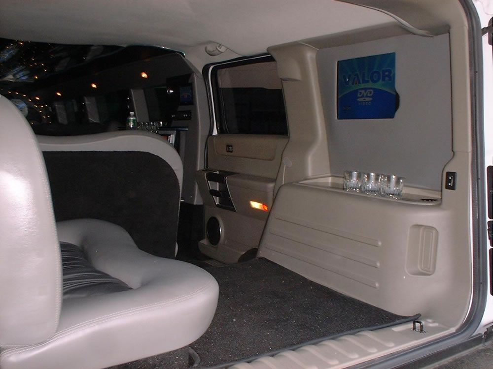Hummer Interior VIP Rear Area